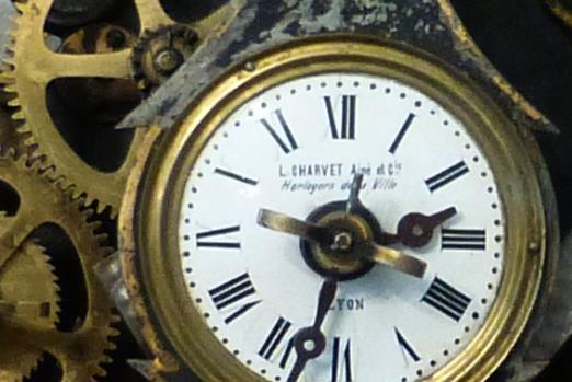 mécanisme horloge quartz avec balancier